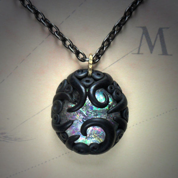 Tentacled Crackled Ice Necklace