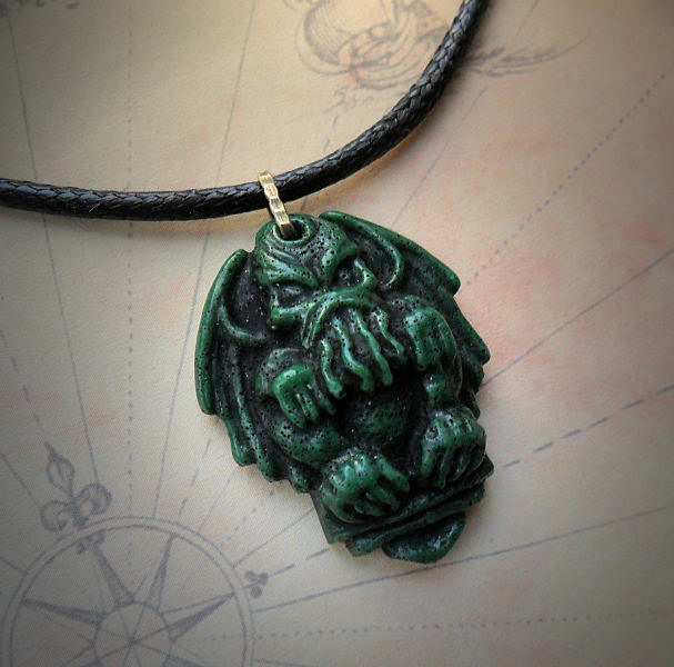Cthulhu Necklace (green)