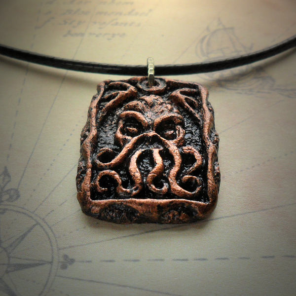 Cthulhu Tablet Necklace (copper)