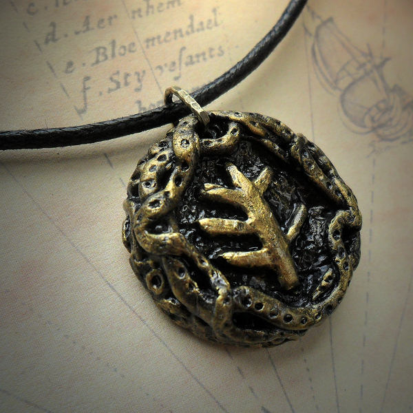 Elder sign medallion necklace cthulhu jewellery second slide aloadofball Choice Image