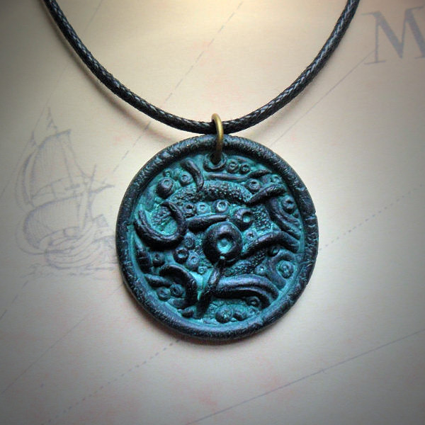 Eldritch Amulet (sea green)