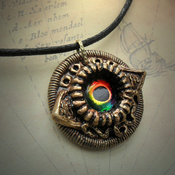 Eldritch Eye Necklace