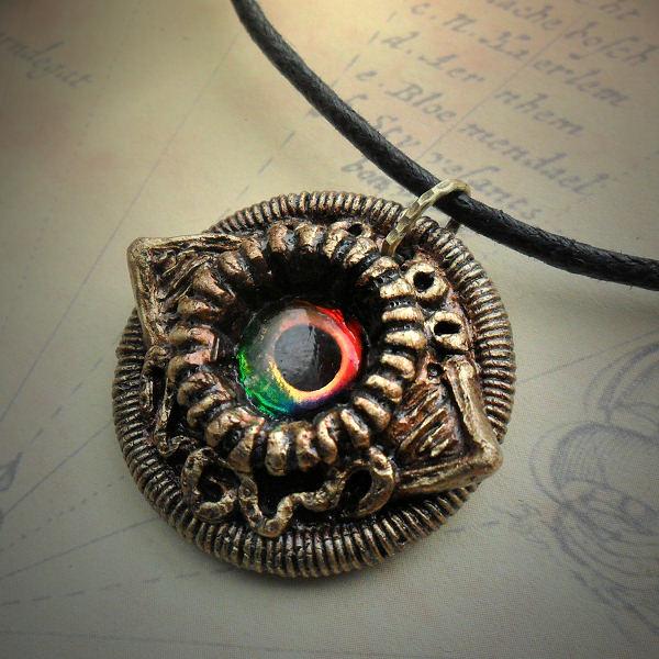 Eldritch Eye Necklace