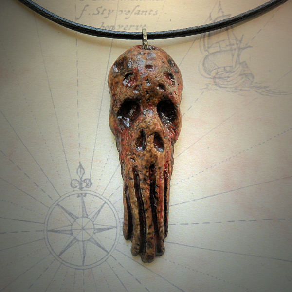 Grim Cthulhu Necklace (brown)