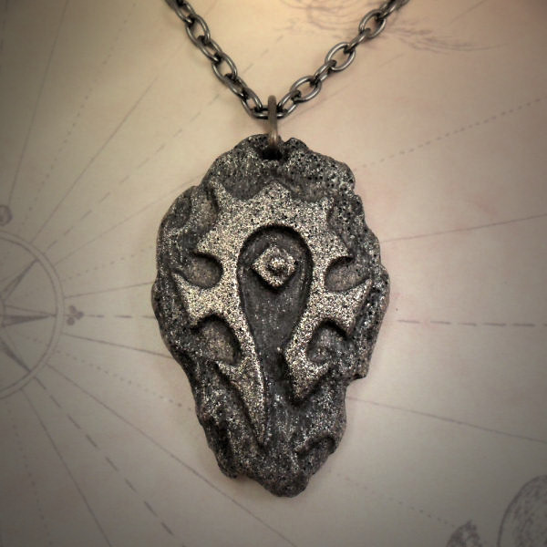 Horde Symbol Necklace (brass)