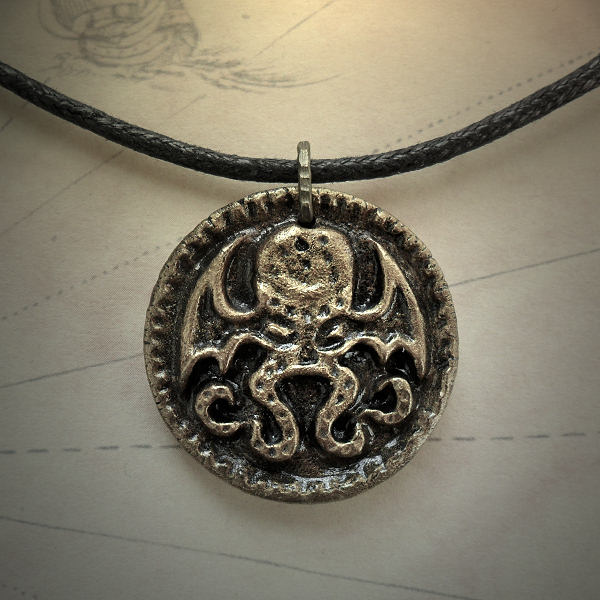 Cthulhu Medallion Necklace…