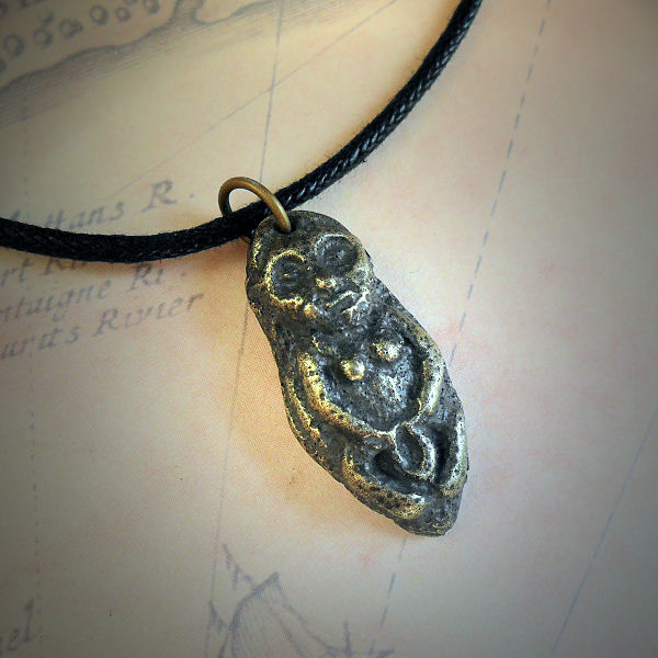 Sheela na gig Necklace (brass)