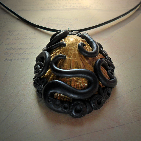 Tentacled Golden Shell Necklace #1