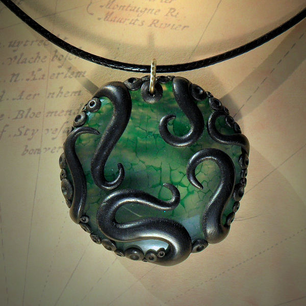 Tentacled Green Agate Necklace no.2