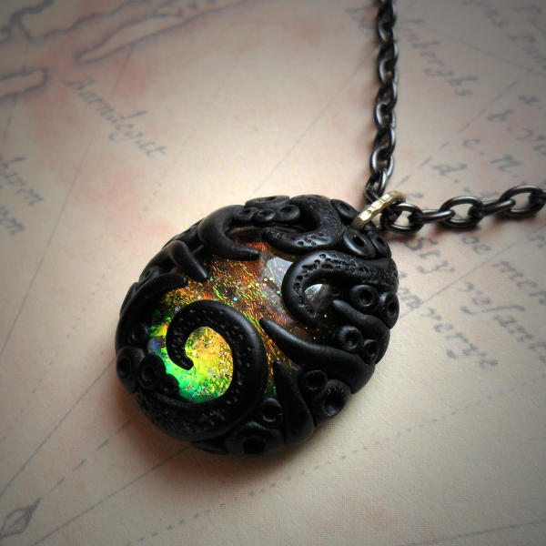 Tentacled Iridescent Glass Necklace