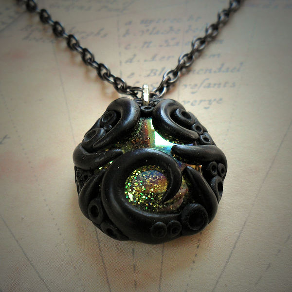 Tentacled Iridescent Glass Necklace (gold)