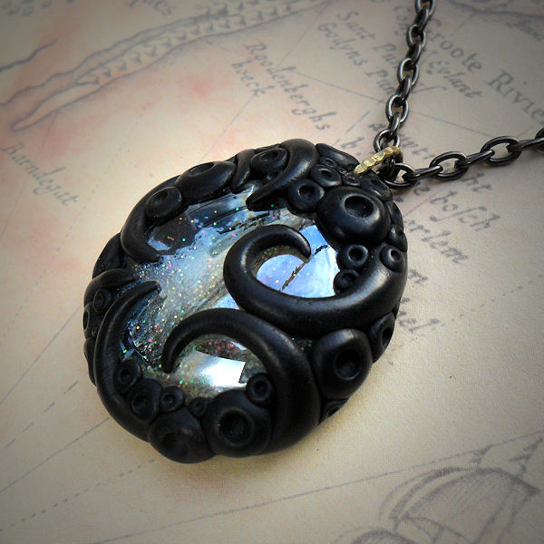 Tentacled Silvery Glass Necklace