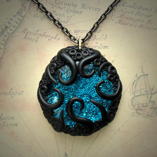 Tentacled Turquoise Glass Necklace